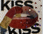 Holly_KissKiss_5x5_550